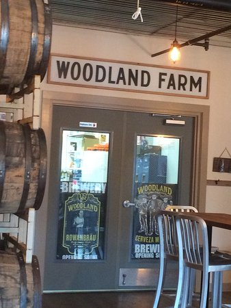 ‪‪Kittery‬, ‪Maine‬: Woodland Farms Brew Room‬