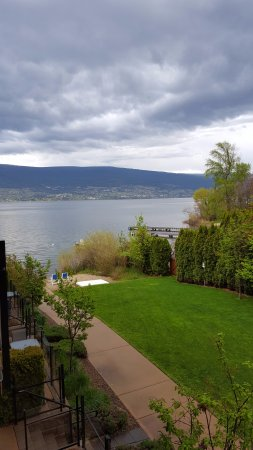 Summerland, Canadá: lake view