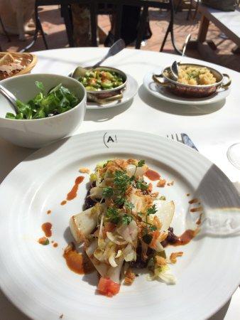 Café Haaïtza : Menu déjeuner (34€) plat : blanc de seiche