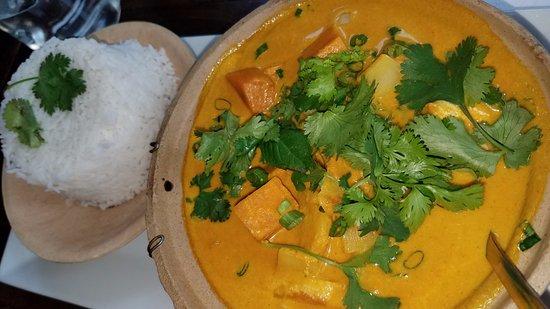 Whitestone, NY: Chicken Curry