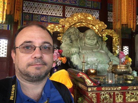 Anshan, Kina: Very beautiful Jade Buddha