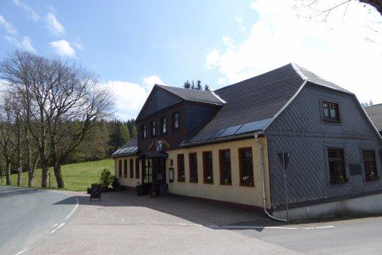 Ильменау, Германия: Waldgasthaus Auerhahn von außen