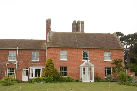The Red House: photo0.jpg