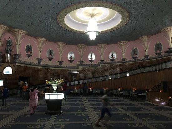Raj Mandir Cinema: Movie night at Raj Mandir