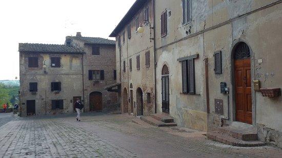 Certaldo, Italie : 20170429_122356_large.jpg