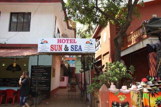 Sun & Sea Resort