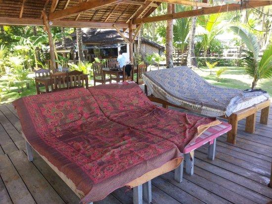 San Isidro, Filippine: Deck