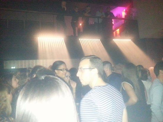 Seyssins, فرنسا: la salle le bar