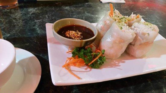 High Sea Restaurant Vietnamese Chicken And Prawn Rice Paper Rolls Entree