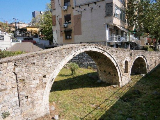 Tannerbrücke: オスマン朝時代の石橋です
