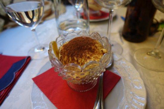Osteria Romana: tiramisu maison vraiment excellent