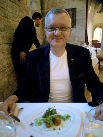 Gilly-les-Citeaux, France: Cromesquis d'escargot...hummmm