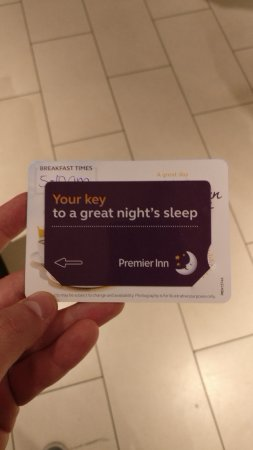 Premier Inn London Stansted Airport Hotel: Room, view and bar