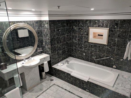 Hyatt Hotel Canberra: IMG_20170507_160012_large.jpg