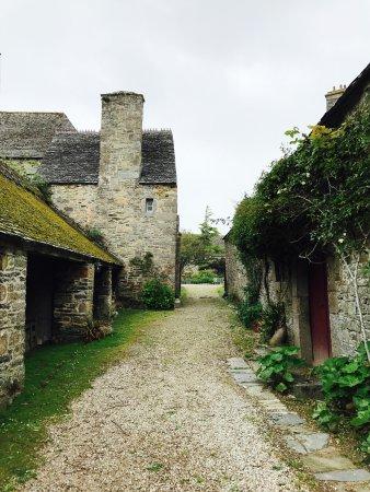 Flamanville, Frankrike: Allée