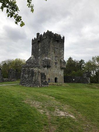 Oughterard, Irlanda: photo0.jpg
