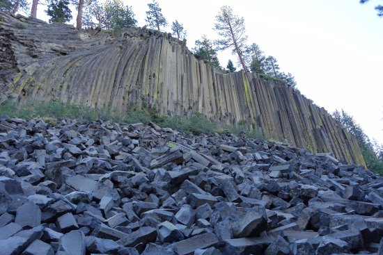 Devils Postpile National Monument: Really cool view of the postpile