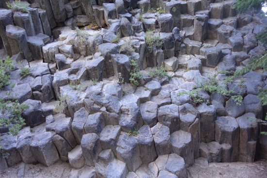 Devils Postpile National Monument: Basalt