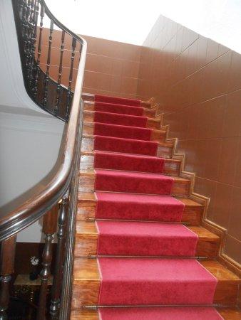 Costa do Sol Residencial: escalier d'accés aux chambres