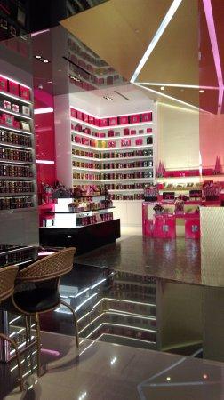 Fauchon Paris: Chocolates galore