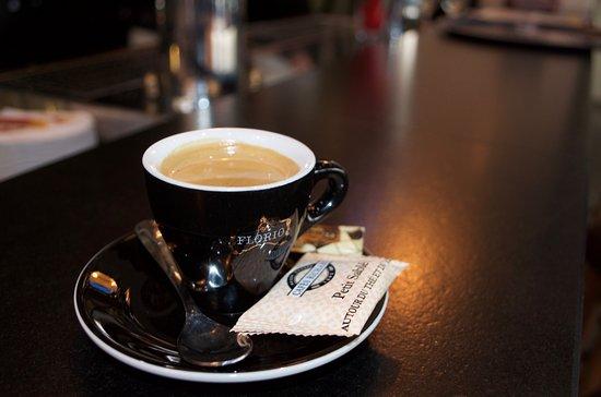 Pleurtuit, Francia: Enfin un bon café !!!