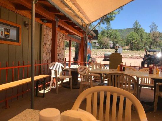 Pine, AZ: outside seating
