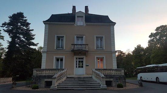 Chedigny, Prancis: 20170502_211430_large.jpg