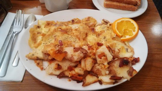Vienna Restaurant: Omelet and homefries