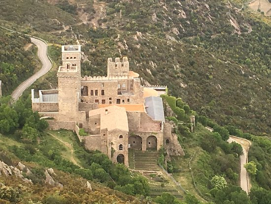 Monasterio de Sant Pere de Rodes: photo1.jpg