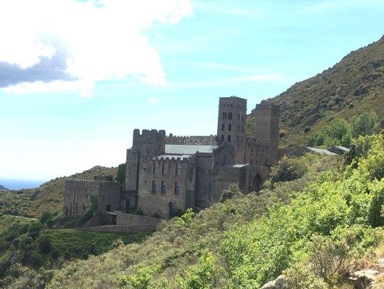 Monasterio de Sant Pere de Rodes: photo2.jpg