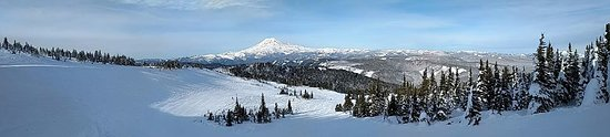 White Pass Ski Resort from top of mountain - view of Mt Rainier