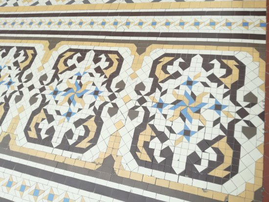 Amazing casa batllo particolare del pavimento della for Design del pavimento domestico