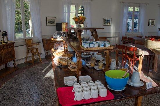 Saint Andre Les Alpes, Fransa: Buffet du petit-déjeuner