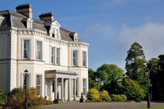 Moyvalley, Irlanda: Balyna Exterior_large.jpg