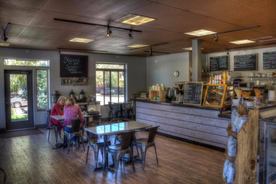 Carbondale, CO: front counter and part of the seating area