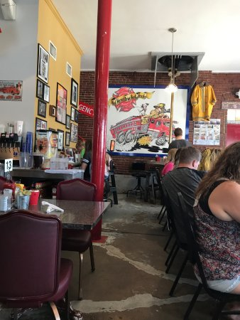 ‪‪Hutchinson‬, ‪Kansas‬: Fun place for breakfast.  Worth the drive.  Great atmosphere and busy on Sunday's‬