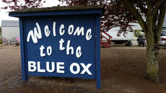 Blue Ox RV Park : Front Sign