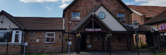 Denton, UK: Front Entrance-welcome to the stable gate