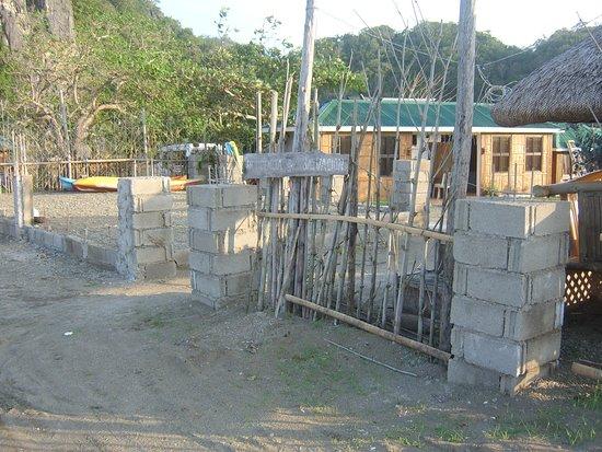 Residencia de Salvacion: Front of car park
