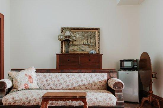 Mouton Plantation Bed & Breakfast: Atchafalaya Suite