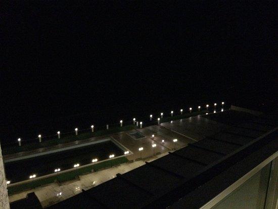 Unye, Turcja: Gecenin sessizliğine denizin dalgaları eşlik eder...