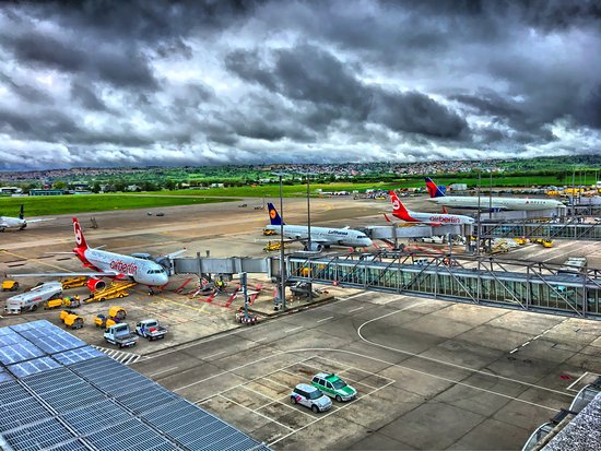 Flughafen Stuttgart Besucherterrasse