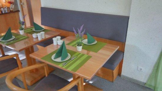 kotel hamburg bewertungen fotos preisvergleich deutschland. Black Bedroom Furniture Sets. Home Design Ideas