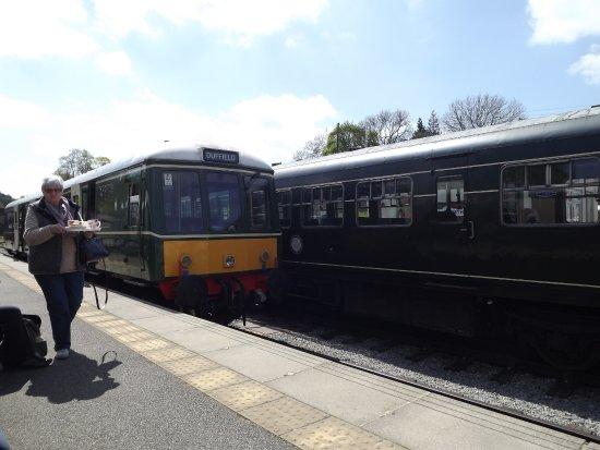 Wirksworth, UK: Railcar at Worksworth