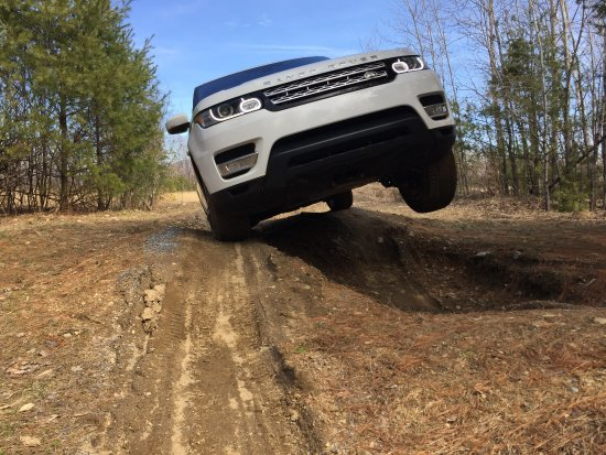 Land-Rover Experience Driving School : Feel 5000 pounds of car slowly descend into the hole