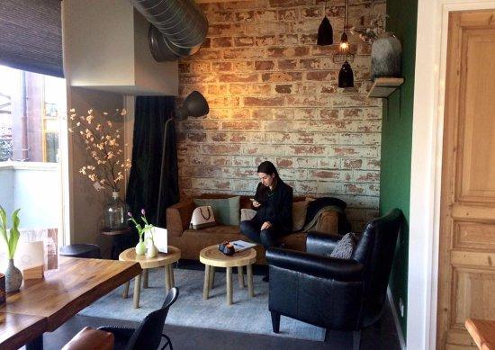Heiloo, Nederland: Lekker rustig genieten van een kop koffie