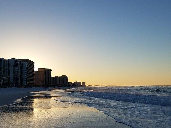 Shoreline Towers : 20170502_062224_large.jpg