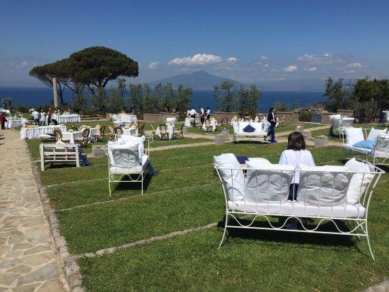 Matrimonio Spiaggia Marina Di Massa : Allestito per matrimonio picture of villa angelina massa