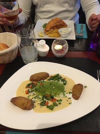 Le Barbican: Pavé de cabillaud aux herbes et fish and chips