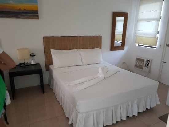 White Coral Hotel: 20170501_174014_large.jpg